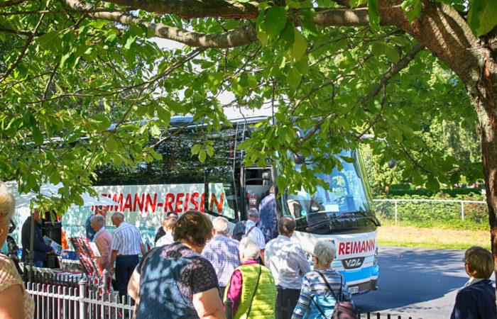 Reimann Reisen Service Busreise Abholung von zu Hause